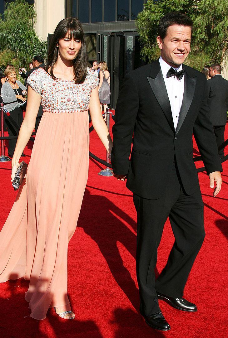 Mark Wahlberg und seine Verlobte Rhea Durham gaben sich bei der Emmy-Verleihung nicht nur als eines der schönsten Pärchen, sondern auch als super-happy Eltern