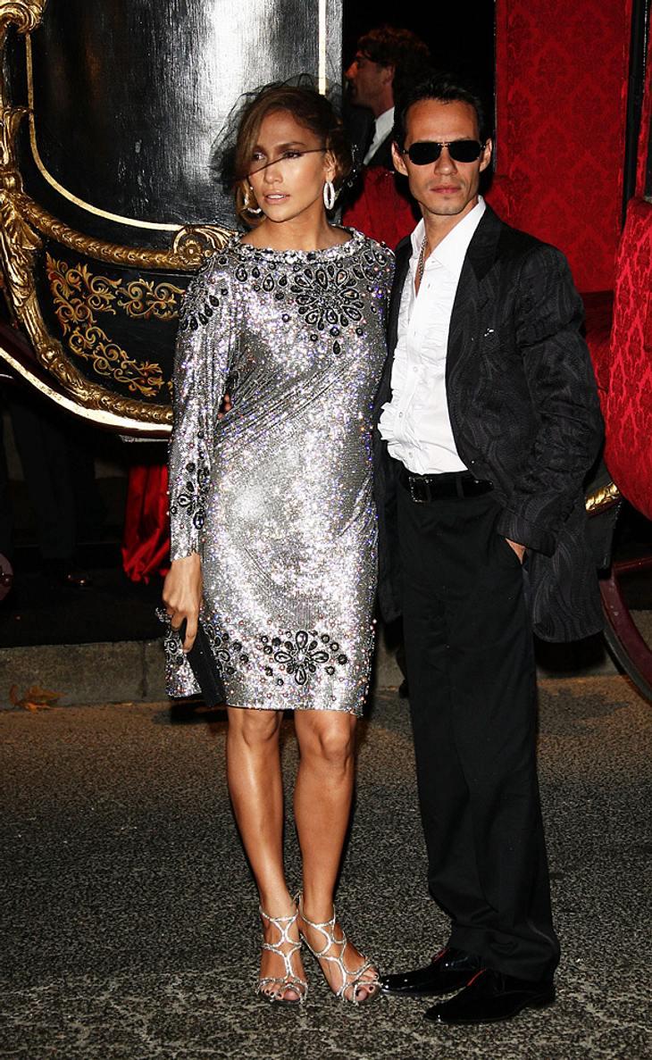 Kein Problem mit Scientology: Wenn ihre Kids groß genug sind, kann sich Jennifer Lopez gut vorstellen, sie auf eine Schule der umstrittenen Sekte zu schicken
