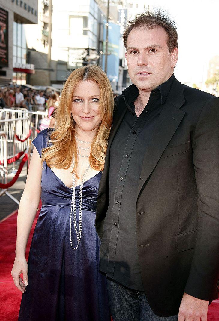 Sie sind super happy als Eltern! Am 15. Oktober wurden Gillian Anderson und Lebensgefährte Mark Griffiths Eltern ihres zweiten Knirpses