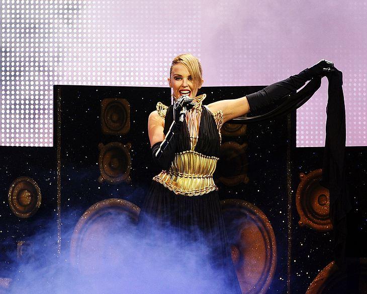 Auf der Bühne ist Kylie Minogue ein Paradiesvogel. Jetzt soll sie für einen neuen Bollywood-Streifen zwitschern!