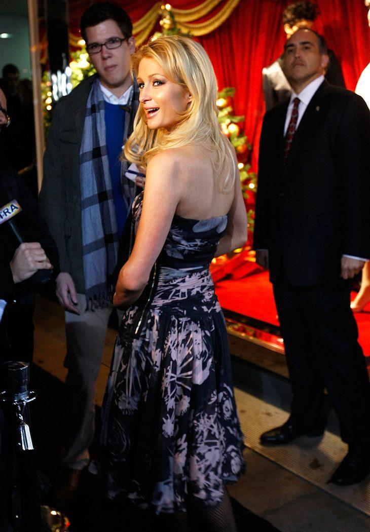 Noch hat Paris Hilton Ex Benji Madden nicht aufgegeben. Auf einer Party bandelte sie jetzt angeblich wieder mit ihm an!