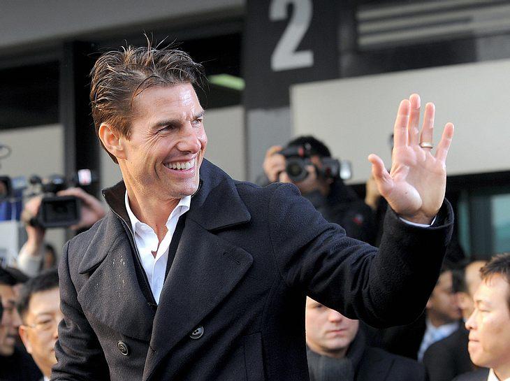 Wenn es nach seinen PR-Beratern geht, braucht Tom Cruise dringend einen Image-Wechsel. Ein Anti-Peinlichkeits-Training soll Abhilfe schaffen!