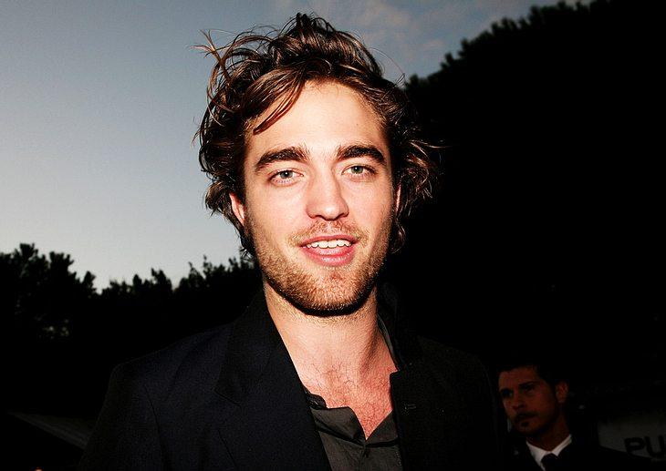 """Offiziell wollten sich weder Robert Pattinson noch die Veranstalter der """"Oscar""""-Verleihung zu den Gerüchten äußern, aber angeblich soll der Schauspieler zu einem der streng geheim gehaltenen Laudatoren gehören!"""