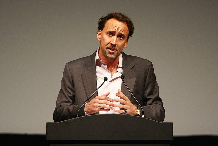 Nicolas Cage ist um eine Bude ärmer: Der Schauspieler hat sein Schloss in der Oberpfalz verkauft!