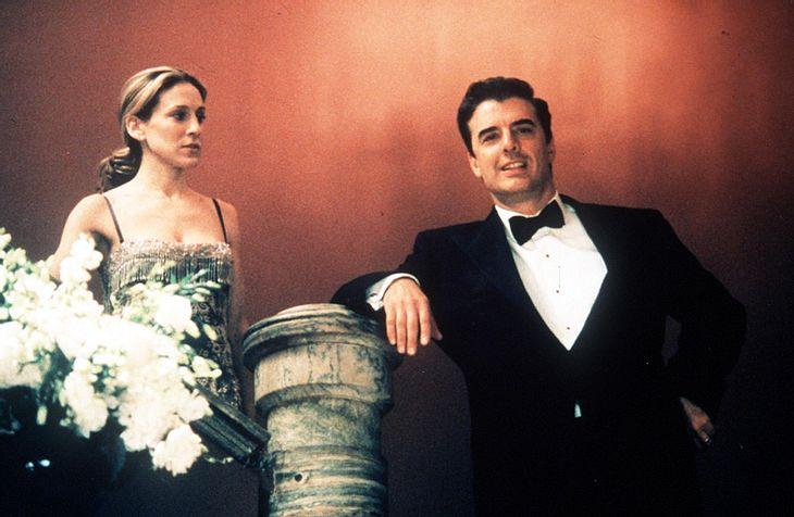 """Muss Carrie (Sarah Jessica Parker) im zweitem """"Sex and the City""""-Teil auf Mr. Big verzichten? Angeblich verhandelt Darsteller Chris Noth noch über sein Gehalt..."""