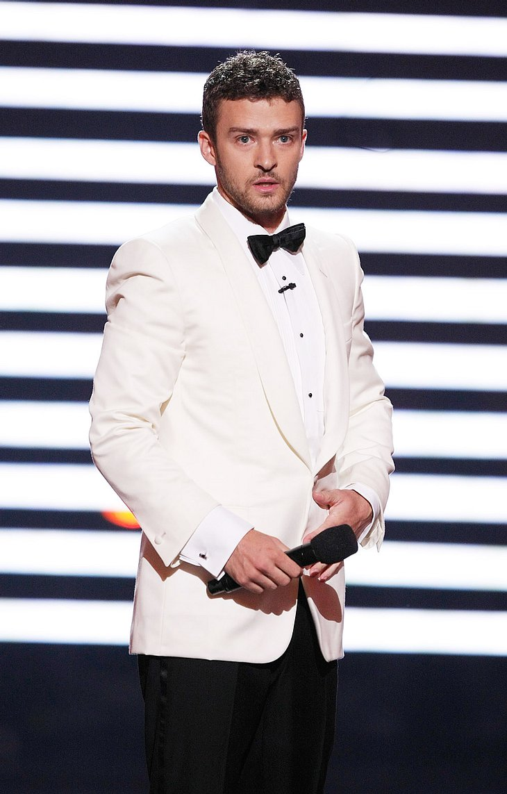 Justin Timberlake hat mächtig Ärger mit seinem Restaurant. Eine ehemalige Angestellte hat Klage eingereicht, weil sie in Justins Laden angeblich sexuell belästigt wurde - und zwar von seinen Geschäftspartnern!