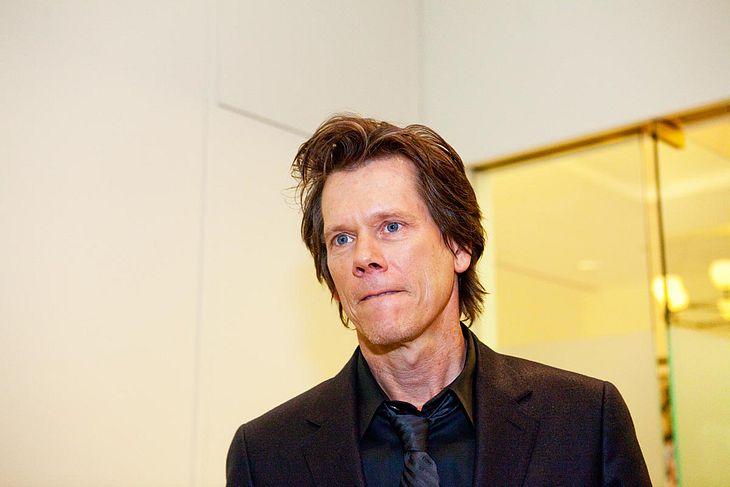Einer der größten Pechvögel 2009: Nachdem Kevin Bacon eine Menge Geld verloren hat, soll ihm jetzt auch noch sein Handy geklaut worden sein!