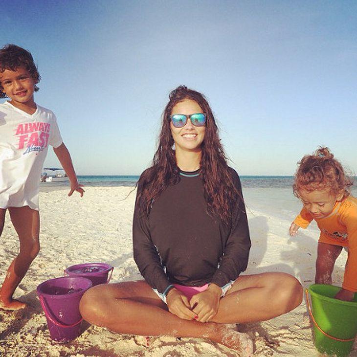 Adriana Lima übt mit ihren Kids für die Ice Bucket Challenge
