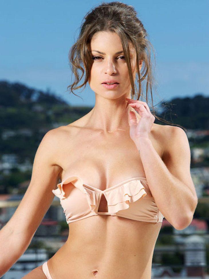 """""""Bachelor 2013"""": Bikini-Rätsel der Kandidatinnen - Wer ist das Playmate?Wird Alissa den Bachelor mit diesem Blick für sich gewinnen können?"""