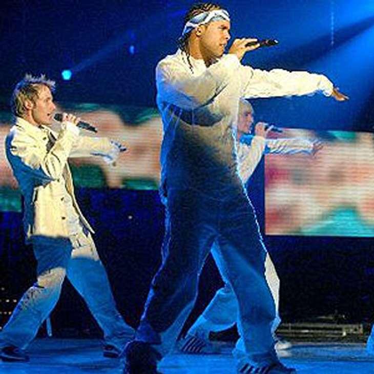 """Overground (Ahmet """"Akay"""" Kayed, Ken Miyano, Marq Porcinucula & Meiko Reißmann) gewann die dritte """"Popstars""""-Staffel."""