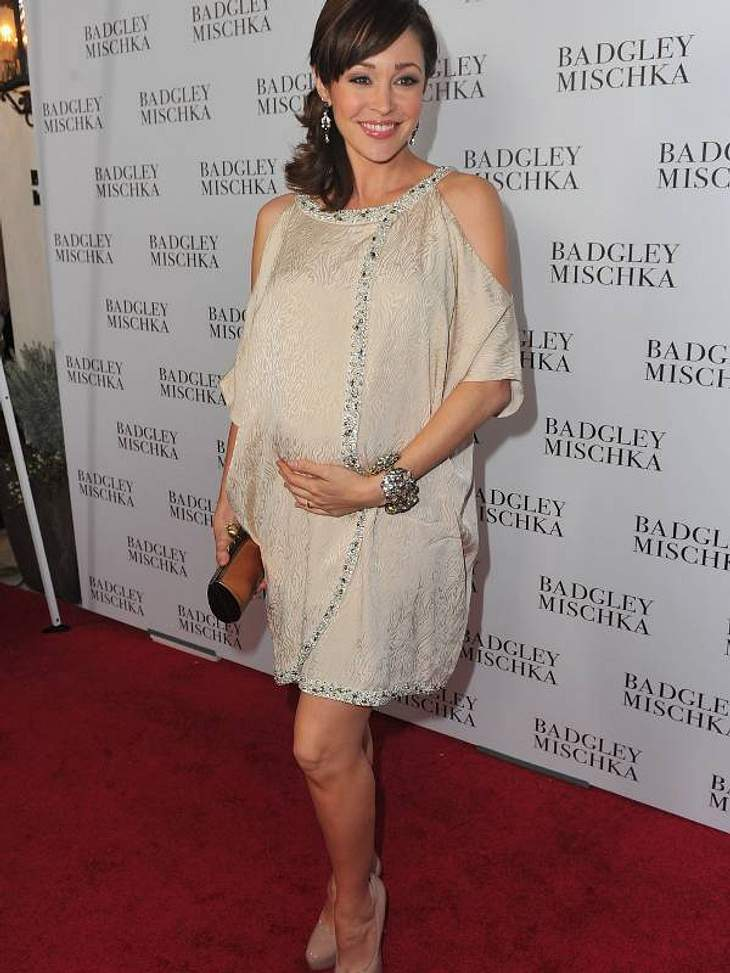 Schwangere StarsAutumn Reeser aus O.C. California ist hochschwanger und sooo glücklich über ihre Kugel.