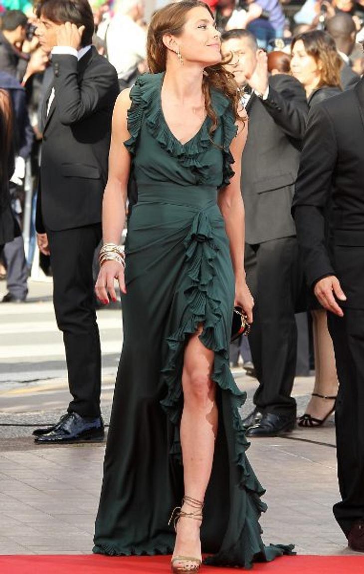 Cannes 2012Königlicher Besuch bei den Filmfestspielen. Prinzessin Charlotte Casiraghi (25) gibt sich die Ehre: Hochgeschlitzt!