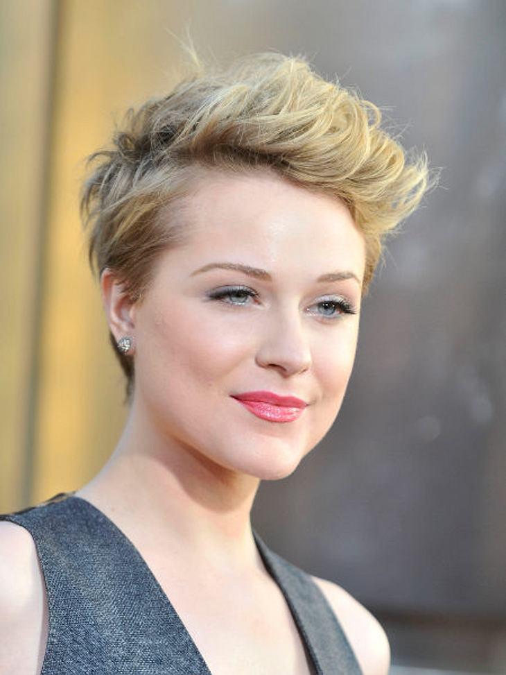 """Kurze Haare auch bei Evan Rachel Wood!Auch """"True Blood""""-Schauspielerin Evan Rachel Wood entschied sich für einen Kurzhaarschnitt. Ob ihre (nun wohl endgültige) Trennung von Marilyn Manson bei der Entscheidung eine Rolle spielte, w"""