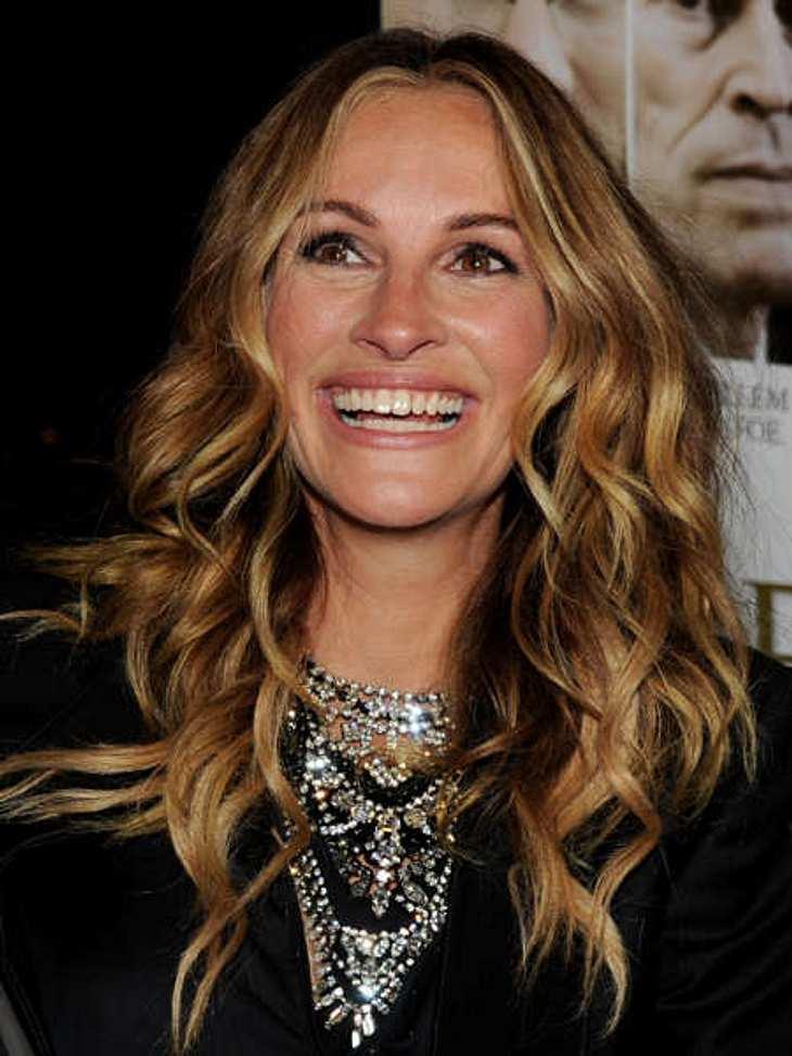 """Die Luxus-Versicherungen der StarsLächeln 21,9 Millionen EuroSpätestens seit """"Pretty Woman"""" kennt es jeder: das Julia-Roberts-XXL-Lachen (44)! Klar, dass die Schauspielerin ihren Wiedererkennungswert hütet wie einen Schatz. Dafür"""