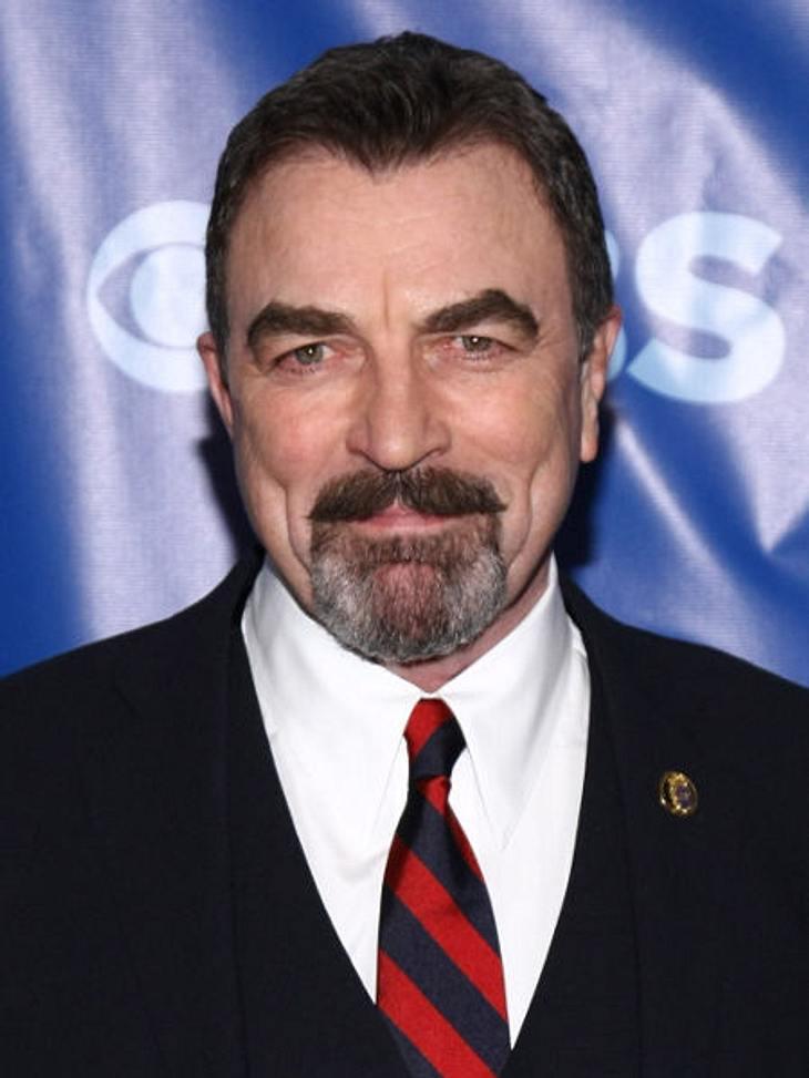 """Filmstars - Wer eigentlich ihre Rollen spielen sollte: """"Indiana Jones"""",George Lucas wollte eigentlich nicht mit Harrison Ford drehen, da der durch """"Star Wars"""" und """"American Graffiti"""" schon in aller Munde war. E"""