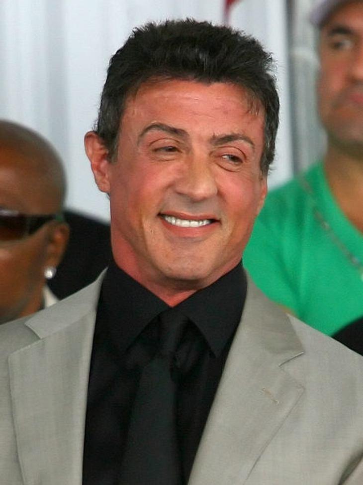"""Filmstars - Wer eigentlich ihre Rollen spielen sollte: """"Beverly Hills Cop"""",Ursprünglich sollte """"Beverly Hills Cop"""" keine Komödie sein, sondern ein Action-Film. Die Hauptrolle sollte Sylvester Stallone spielen. Der verlie"""