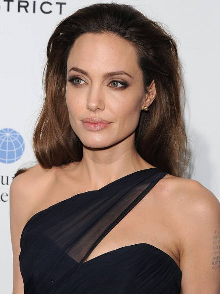 """Filmstars - Wer eigentlich ihre Rollen spielen sollte: """"The Dark Knight Rises"""",Angelina Jolie sprach als Catwoman vor, konnte aber nicht überzeugen."""