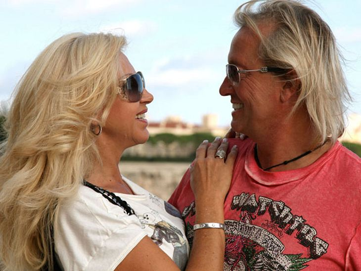 Die Geissens - 15 Gründe, warum wir sie einfach lieben!Weil auch sie sich ganz normal streiten! Carmen und Robert Geiss streiten sich über ganz banale Dinge, so wie wir es auch tun. Es ist immer schön zu sehen, dass auch andere über das ger