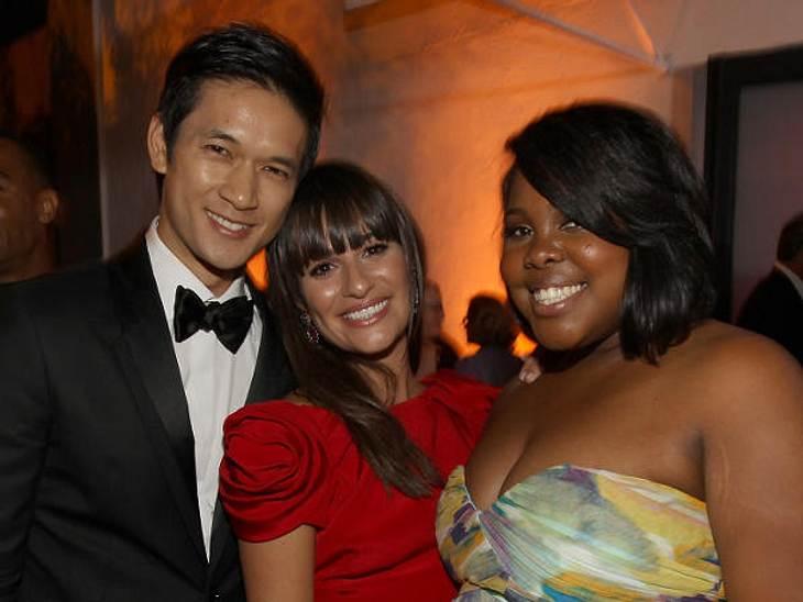 """Die Emmy Awards 2011 - Die HighlightsDrei von der """"Glee""""-Crew: Harry Shum Jr., Lea Michele und Amber Riley. """"Glee"""" war bei den Emmy Awards 2011 in sechs Kategorien nominiert, Gwyneth Paltrow gewann den Preis letzlich in"""