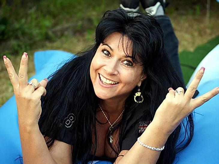 """""""Dschungelcamp"""" 2013 - die KandidatenIris Klein (43)Iris wer? Besser bekannt ist die 43-jährige als Mutter von TV-Blondine Daniela Katzenberger. Nach ihrem Einzug ins """"Big-Brother""""-Haus im Jahr 2010, will sie nun auch im"""