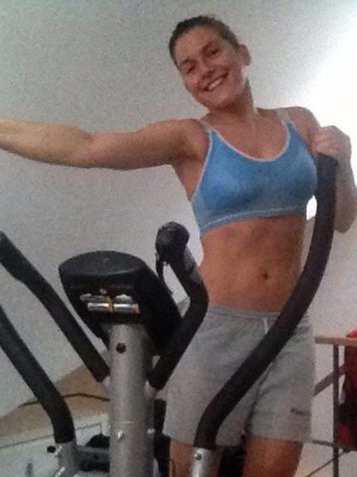 Jeanette Biedermann präsentiert ihren sportlichen Körper