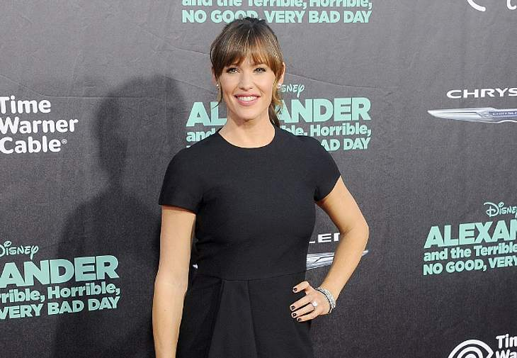 Mit ihrem schwarzen Kleid punktete Jennifer Garner