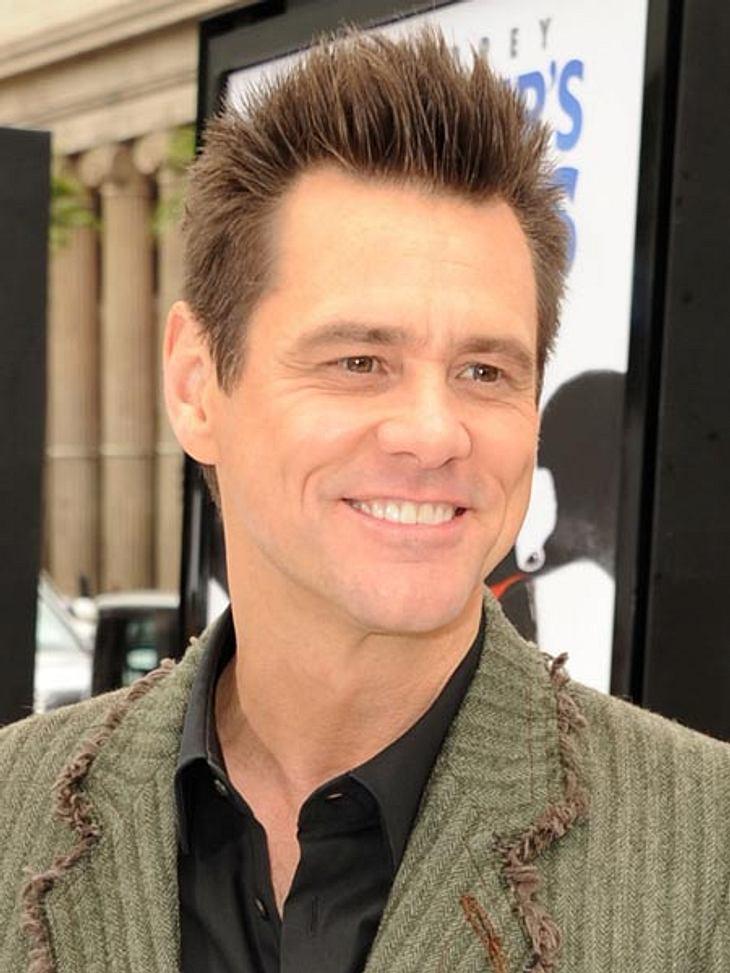 Jim Carrey lächelt immer das gleiche Lächeln von der irren Facebook-Seite