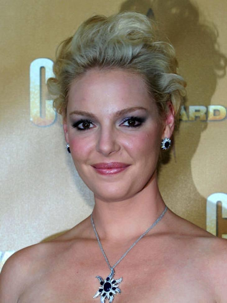 """Die Stars fassen sich kurz: Kurzhaarfrisuren liegen voll im Trend!Katherine Heigl schnitt sich erst vor kurzem die Haare ab. Der """"Grey's Anatomy""""-Star experimentierte in letzter Zeit viel mit ihren Haaren: blond, rot, braun, blond"""