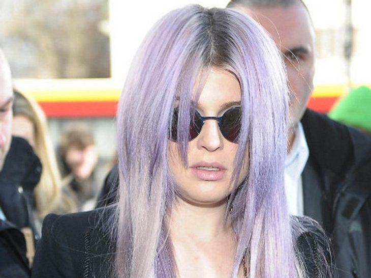 Kelly Osbourne sieht ihrem Vater verblüffend ähnlich.