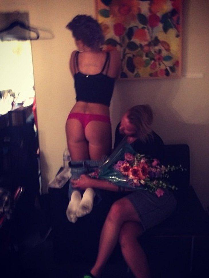 Kelly Osbourne präsentiert ihren Knack-Po auf Instagram