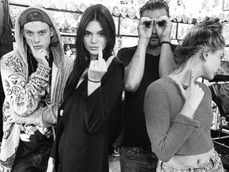 Kendalls rebellische Clique eint jetzt ein Freundschafts-Tattoo