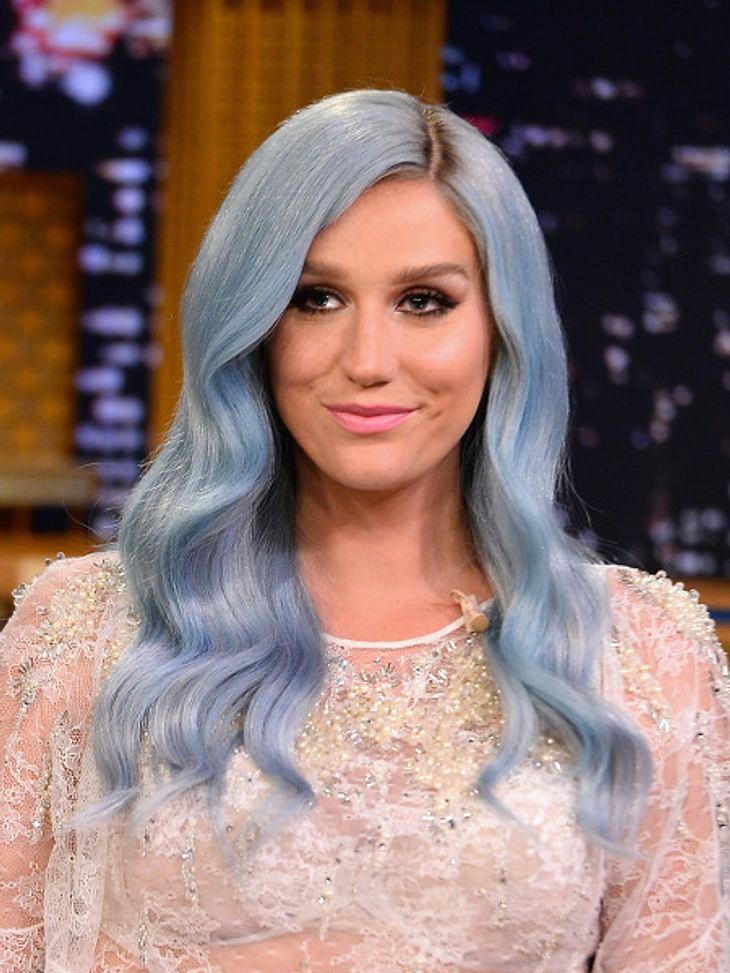 Kesha ist Blau!