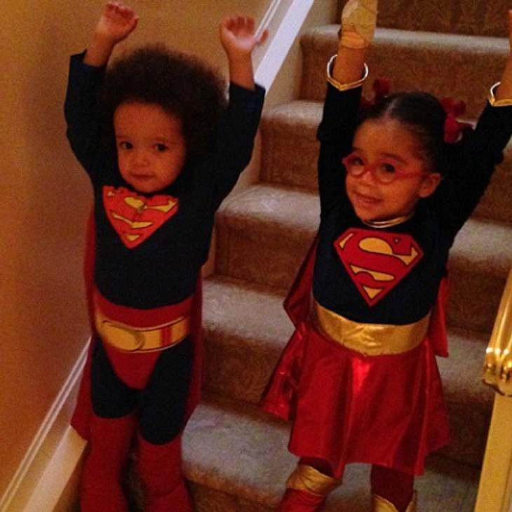 Mariah Carey feiert Halloween mit ihren Kindern.