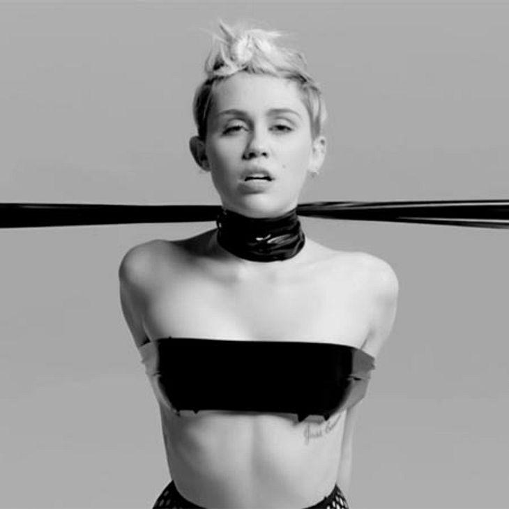 Auch Würgespiele gehören zu Mileys SM-Show