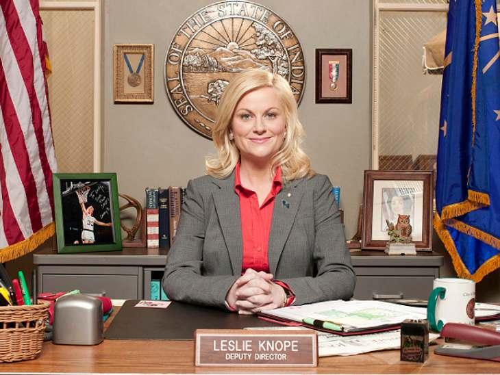 Leslie Knope ist in der Serien die stellvertretende Leiterin des Grünflächenamtes.