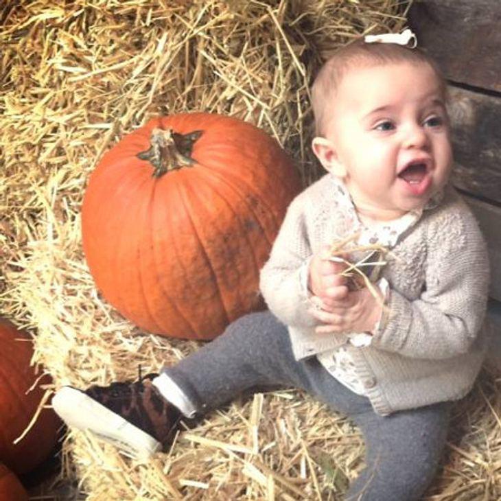 Prinzessin Leonore feiert ihr erstes Halloween