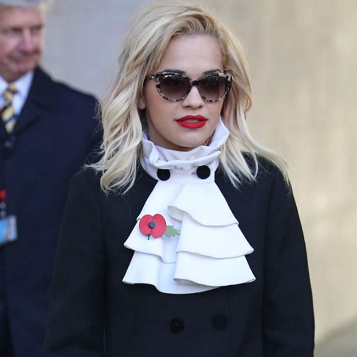 Rita Ora: Nach einem Zusammenbruch wurde sie ins Krankenhaus geliefert!