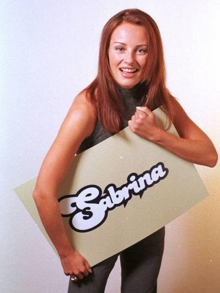 """Die Talkshow-Moderatoren der 90erEin Jahr lang moderierte Sabrina Staubitz die Talkshow """"Sabrina"""". Schon im Jahr 2000 war wieder Schluss. Es folgten Moderationsjobs im Bayrischen Fernsehen und bei """"Das Vierte"""". Heute ist"""