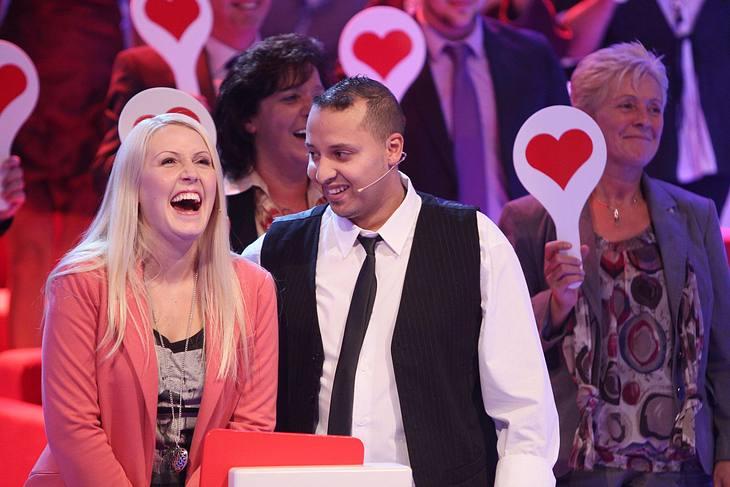 Liebesalarm: Karim und Marina lassen ihre Liebe vom Publikum bewerten.