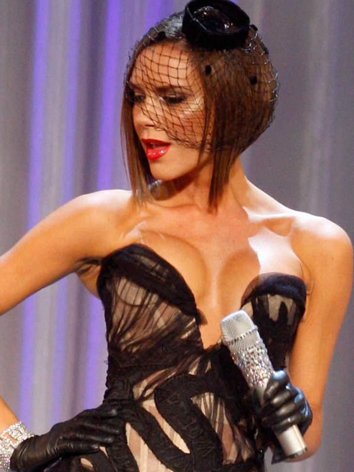 Zu große Brustimplantate sehen vor allem bei sehr, sehr dünnen Frauen wie Victoria Beckham schrecklich aus.