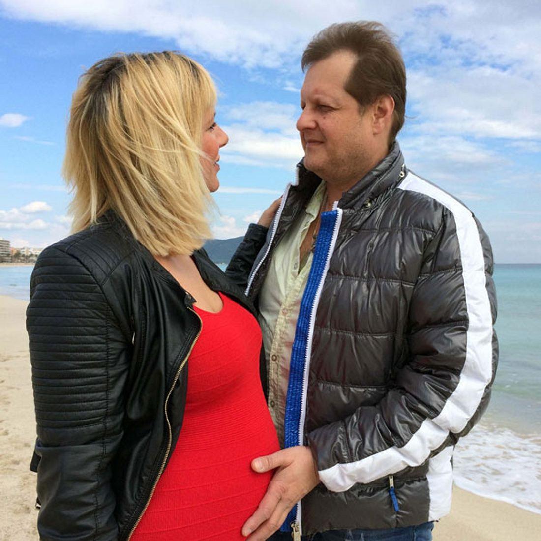 Goodbye Deutschland: Jens Büchner & Daniela verraten Geschlecht ihrer Zwillinge