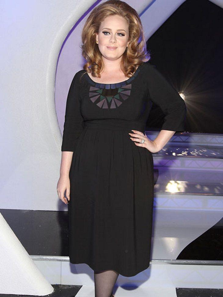 VMA 2011 - Die HighlightsAdele war die Abräumerin des Tages - gleich vier Awards durfte sie mit nach Hause nehmen.