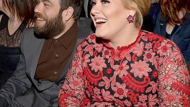 Werden Adele und ihr Langzeitfreund Simon Konecki bald heiraten? - Foto: Getty Images