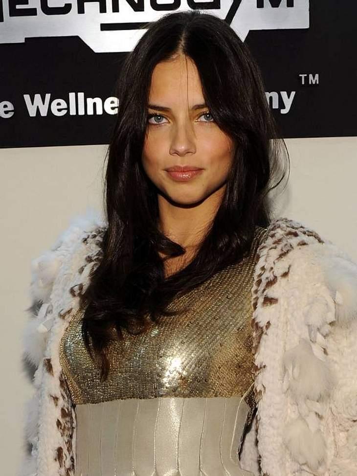 """Die reichsten Models der WeltPlatz 4 - 5,8 Millionen Euro - Adriana Lima (31) - """"Für mich ist mit diesem Job ein Traum wahr geworden"""", freut sich der Victoria's-Secret-Engel. Sie posierte zuletzt zum Beispiel für Modeschöpferin Do"""