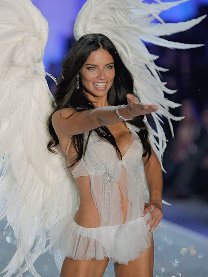 """""""Victoria's Secret"""" 2013 - So sexy und spektakulär war die Show... als Engelchen aber natürlich auch."""