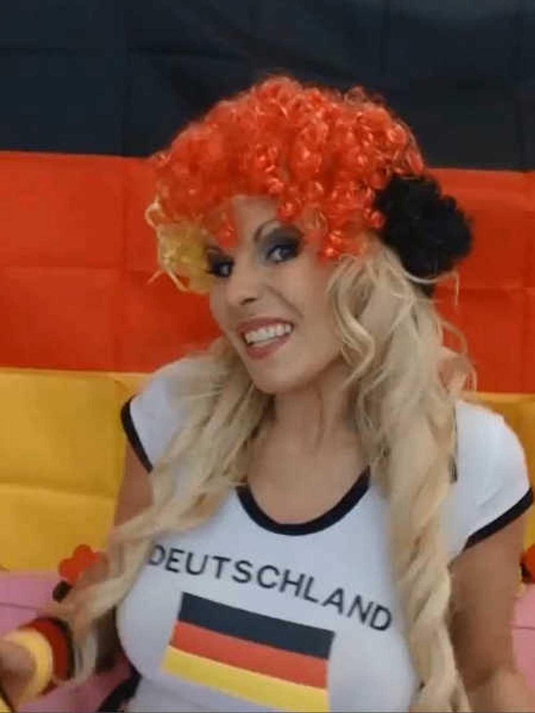 Aische Pervers versuchte sich als Sängerin.
