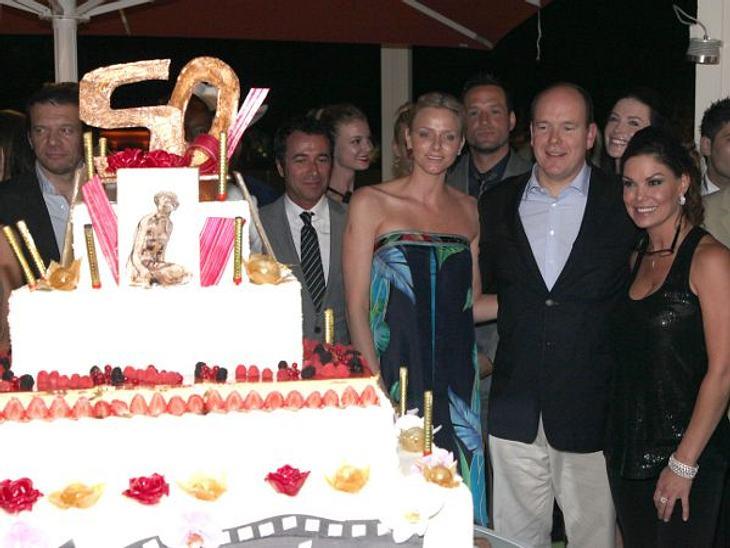 Stars ♥ Torte!Nein, das ist nicht die Torte zum 50. Geburstags von Fürst Albert von Monaco (54). Aber er hätte sie wohl gern gehabt.