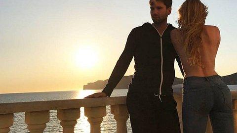 Honey erntet heftige Kritik für sein Liebes-Outing - Foto: Facebook/Alexander Honey Keen