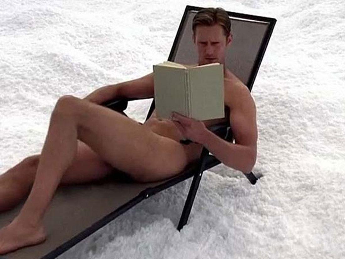 Alexander Skarsgard zeigt sich nackt
