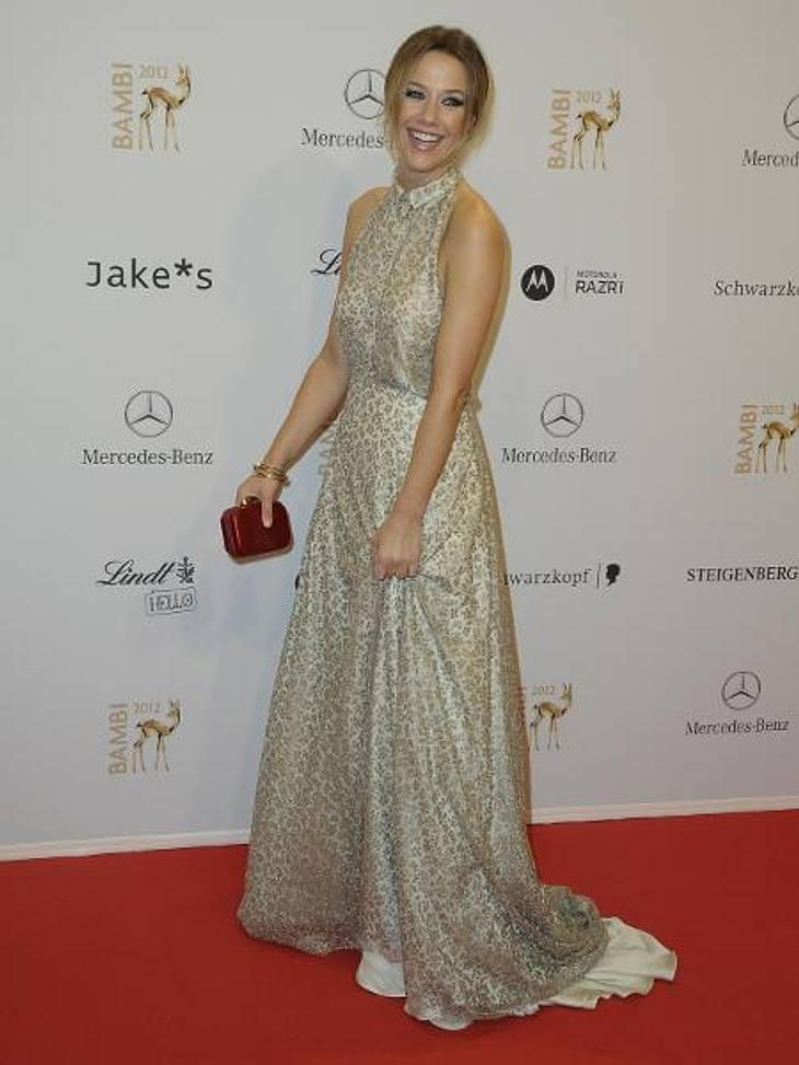 Bambi 2012 - Die Looks der StarsAlexandra Neldel (37) setzte auf den dezenten Leo-Look.